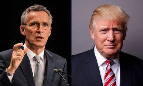 Trump ban voi lanh dao NATO ve chia se chi tieu quoc phong - Anh 1