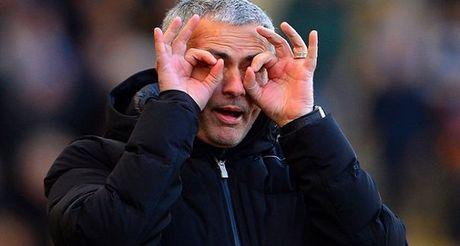 Mourinho, Wenger va chuyen 'Du – Luong thoi @' - Anh 2