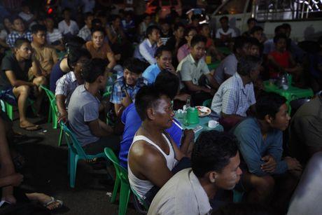 Xem M.U – Arsenal o Yangon: Ai bao nguoi Viet Nam yeu bong da nhat the gioi? - Anh 5