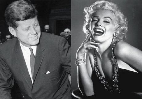 Vay cua Marilyn Monroe lap ky luc dau gia voi 4,8 trieu USD - Anh 2