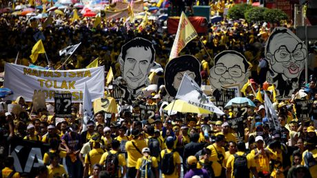 Hang ngan nguoi bieu tinh doi Thu tuong Malaysia tu chuc - Anh 3