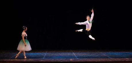 'Mo long' de thuong thuc tron ven cai hay cua mua Ballet trong 'Da khuc tinh yeu' - Anh 1