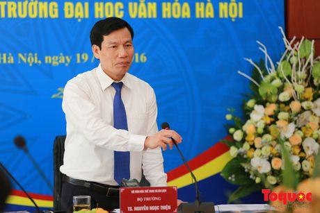 Bo truong Nguyen Ngoc Thien tham, lam viec tai truong DH Van hoa - Anh 2