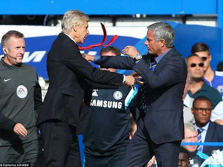 Cuoc chien Mourinho - Wenger - Anh 1