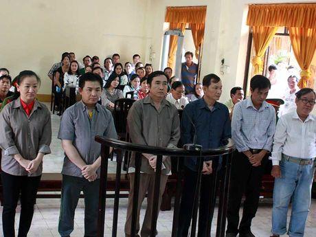 Nguyen chu tich Hiep hoi Luong thuc lanh 13 nam tu - Anh 1