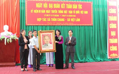 Pho Chu tich nuoc Dang Thi Ngoc Thinh du Ngay hoi dai doan ket tai Ha Giang - Anh 3