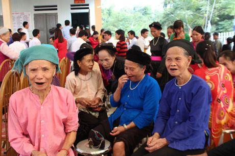Pho Chu tich nuoc Dang Thi Ngoc Thinh du Ngay hoi dai doan ket tai Ha Giang - Anh 5