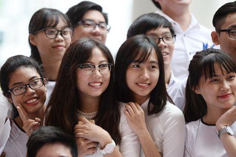 Thay xua tro cu cua ngoi truong noi tieng Hai Phong hoi ngo - Anh 14