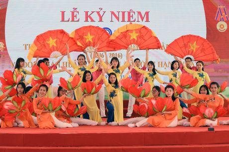 Thay xua tro cu cua ngoi truong noi tieng Hai Phong hoi ngo - Anh 3