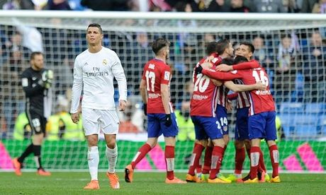 Derby Madrid: Ngay Simeone 'doi no' Zidane - Anh 2