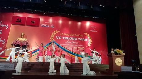 Giai thuong Vo Truong Toan vinh danh 33 nha giao tai TP.HCM - Anh 4