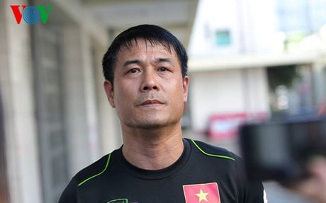 HLV Huu Thang: 'Co hoi cua cac doi la 50-50' - Anh 1