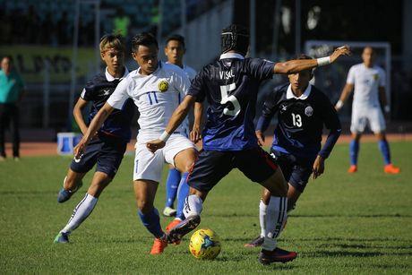 Doi tuyen Campuchia thua nguoc dang tiec truoc a quan Malaysia - Anh 1