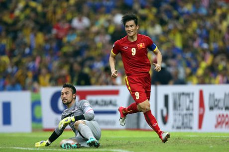 Cong Vinh dung truoc co hoi tro thanh chan sut vi dai nhat AFF Cup - Anh 1