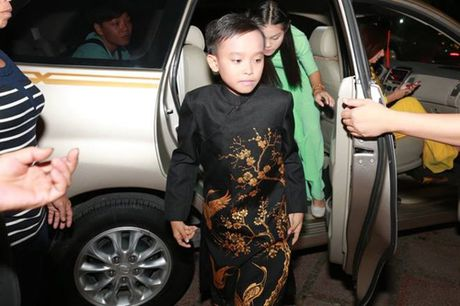 Bat ngo voi canh di dien nhu sieu sao cua Ho Van Cuong - Anh 5