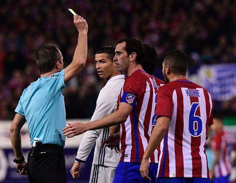 5 diem nhan sau tran derby Madrid: 'Quai vat' Ronaldo tro lai - Anh 2