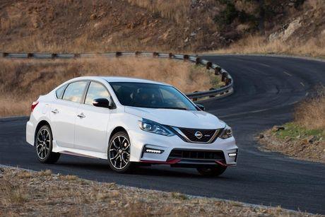 Nissan Sentra Nismo gia re co gi de 'dau' Honda Civic Si? - Anh 2