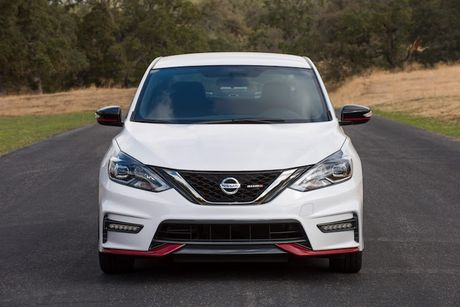 Nissan Sentra Nismo gia re co gi de 'dau' Honda Civic Si? - Anh 5