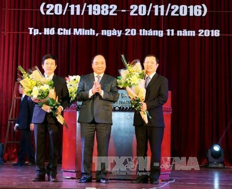 Thu tuong tri an cac thay giao, co giao ca nuoc - Anh 1