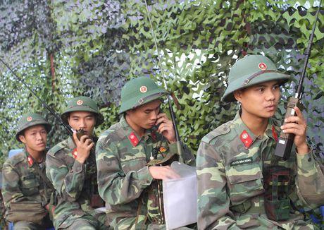 Can canh bo doi dien tap danh dich do bo duong khong - Anh 3