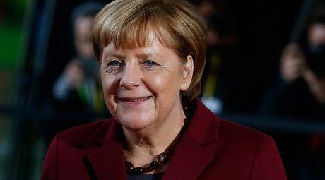 Duc: Hom nay, Thu tuong Merkel co the tuyen bo tranh cu nhiem ky thu 4 - Anh 1