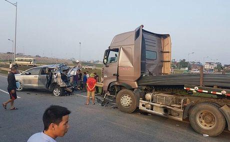 Thai Nguyen: Tai nan kinh hoang, 10 nguoi thuong vong - Anh 1
