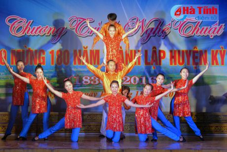 Chuong trinh nghe thuat 'Ky Anh - mien que yeu thuong ' - Anh 6