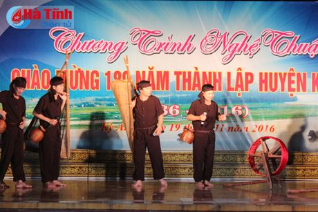 Chuong trinh nghe thuat 'Ky Anh - mien que yeu thuong ' - Anh 7
