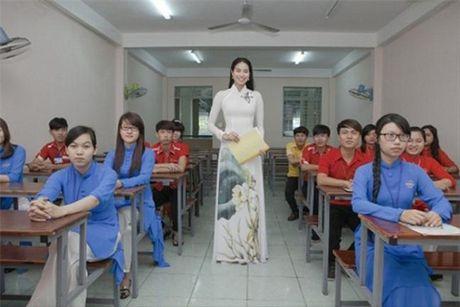 Pham Huong - Co giao 'doc nhat vo nhi' cua showbiz Viet - Anh 5