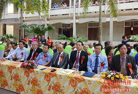 Truong THPT Phan Dang Luu ky niem 55 nam thanh lap - Anh 2