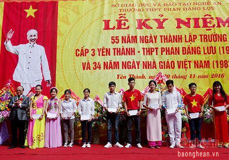 Truong THPT Phan Dang Luu ky niem 55 nam thanh lap - Anh 6