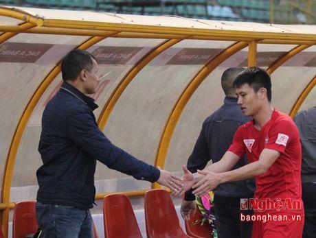 Tien dao Dinh Bao chinh thuc tro thanh nguoi cua CLB Hai Phong - Anh 1