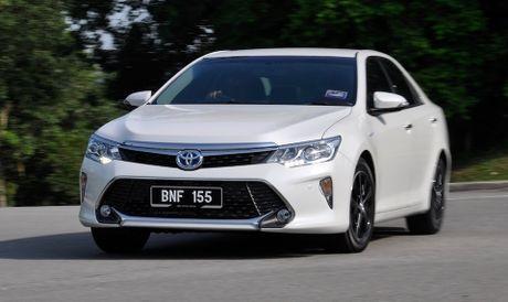 Toyota Camry 2016 duoc nang cap, gia tu 35.000 USD - Anh 1