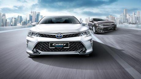 Toyota Camry 2016 duoc nang cap, gia tu 35.000 USD - Anh 3