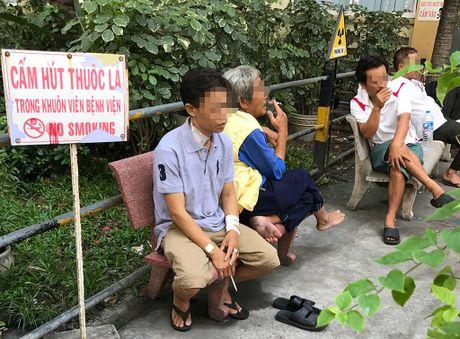 Hit phai khoi thuoc cung doc hai nhu nguoi hut - Anh 1