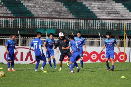 Tuong lai HLV Huu Thang phu thuoc AFF Cup - Anh 1