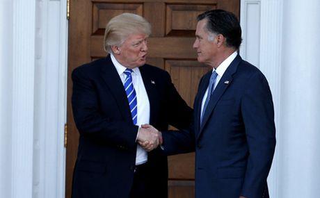 Ong Trump muon cuu doi thu lam ngoai truong My? - Anh 1