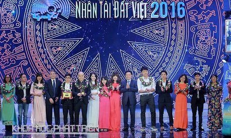 Trao giai thuong Nhan tai Dat Viet nam 2016 - Anh 1