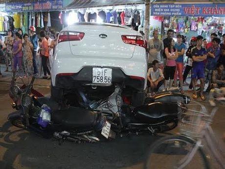 TPHCM: Khong yeu cau nguoi dan chung minh xe chinh chu - Anh 2