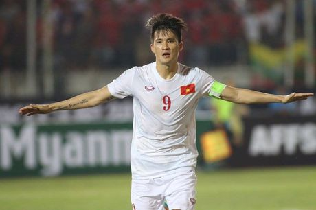 3 diem gianh duoc, DTVN cung chia se ngoi dau bang voi Malaysia - Anh 1