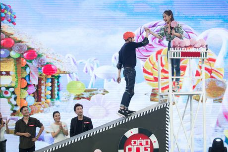 Chi Pu, Quang Vinh 'vat va' trong game show ''My man can – Dan ong phai the'' - Anh 4