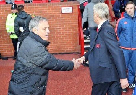 Mourinho: 'Man United la doi den dui nhat o Premier League' - Anh 2