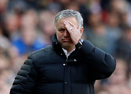 Mourinho: 'Man United la doi den dui nhat o Premier League' - Anh 4