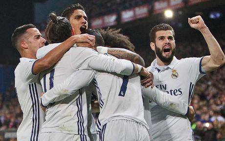 Cham diem Atletico 0-3 Real: Ronaldo nhan diem tuyet doi - Anh 1