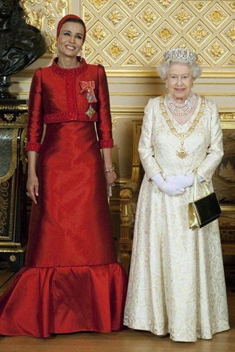 Nhung chiec vong co dat gia cua Nu hoang Elizabeth II - Anh 1