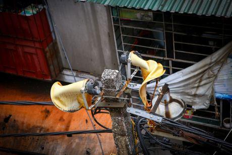 Ha Noi: 'Ba hoa' thieu rui 4 can nha tren duong Tran Khat Chan - Anh 12