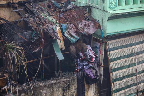 Ha Noi: 'Ba hoa' thieu rui 4 can nha tren duong Tran Khat Chan - Anh 16