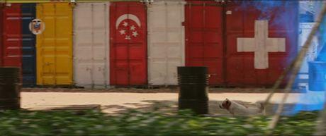 Tran Thanh bat ngo hon co gai khong phai Hari trong phim moi - Anh 4