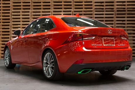 Lexus IS phien ban 'tuong ot' Sriracha doc nhat vo nhi - Anh 2