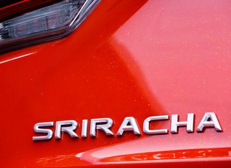 Lexus IS phien ban 'tuong ot' Sriracha doc nhat vo nhi - Anh 4